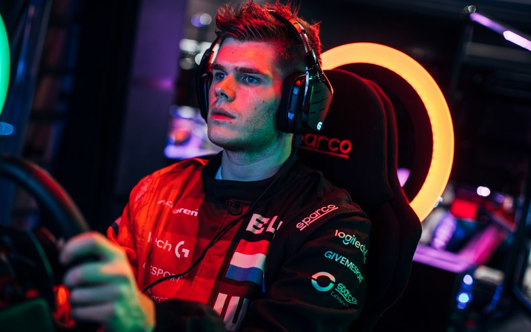 RUDY VAN BUREN WINS WORLD'S FASTEST GAMER